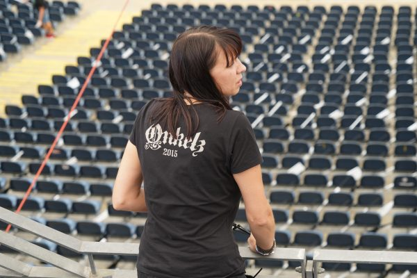Fahnenmeer im Waldstadion 4957