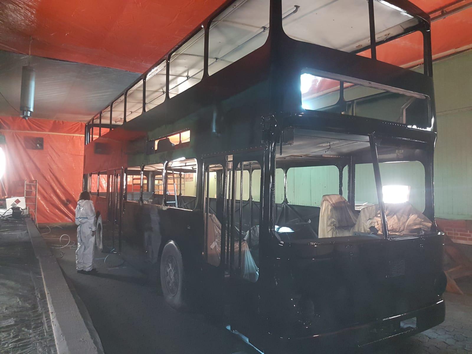 Projekt B.O.S.C. Bus: Der Bus ist lackiert!